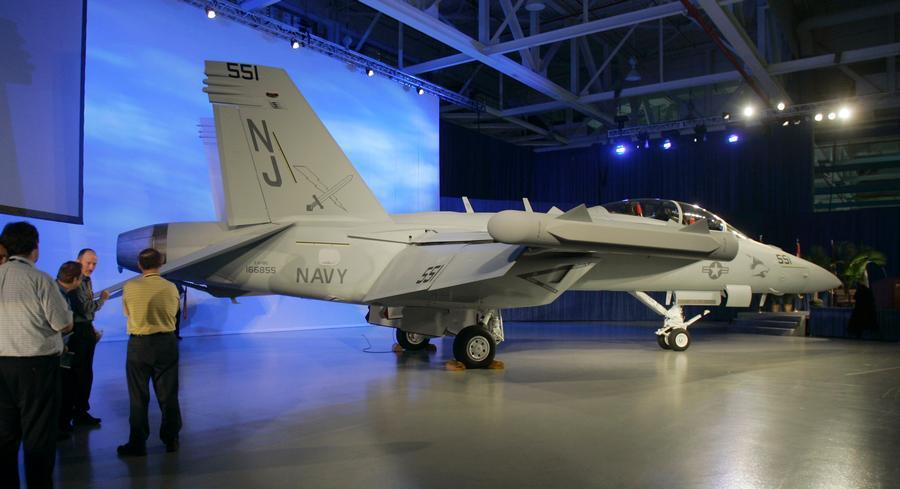 Navy leaders both have spent years warning about the dangers involved with an end to production of the F/A-18E and F Super Hornet and its newer sibling, the EA-18G Growler electronic attack jet. | AP